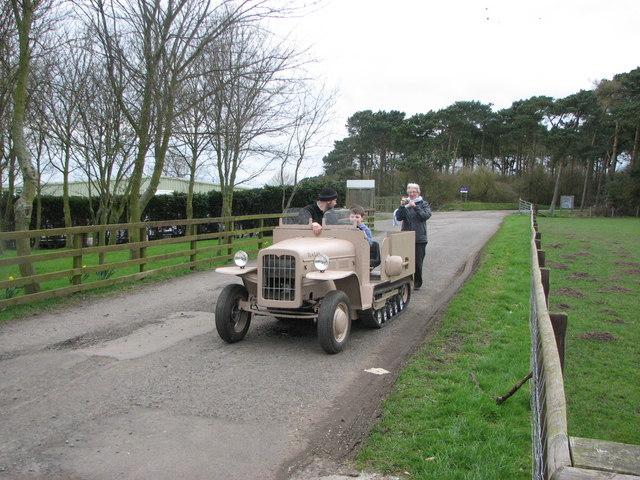 Miniature half-track vehicle