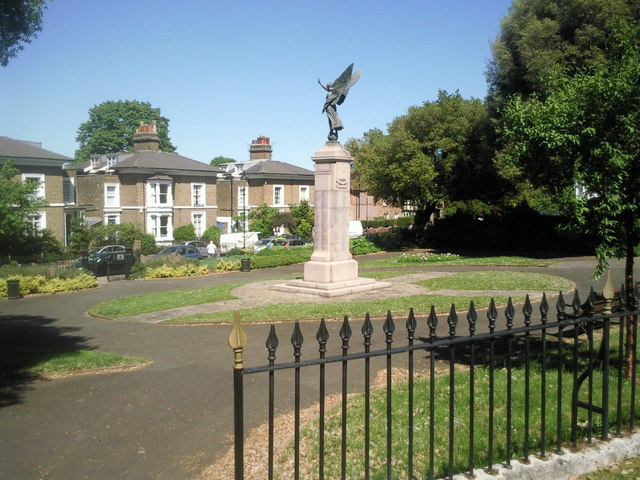 War Memorial in Clarence Place, Gravesend