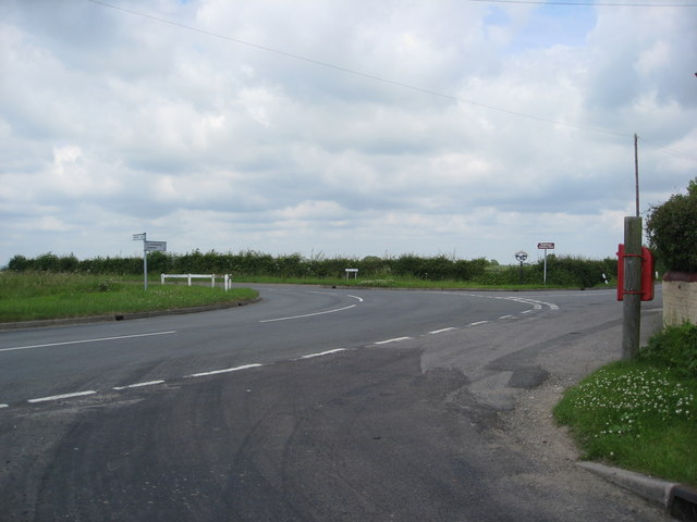 Staggered junction seen from Red Leas Lane