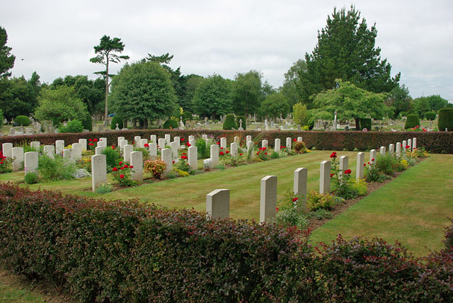 War graves, Littlehampton cemetery