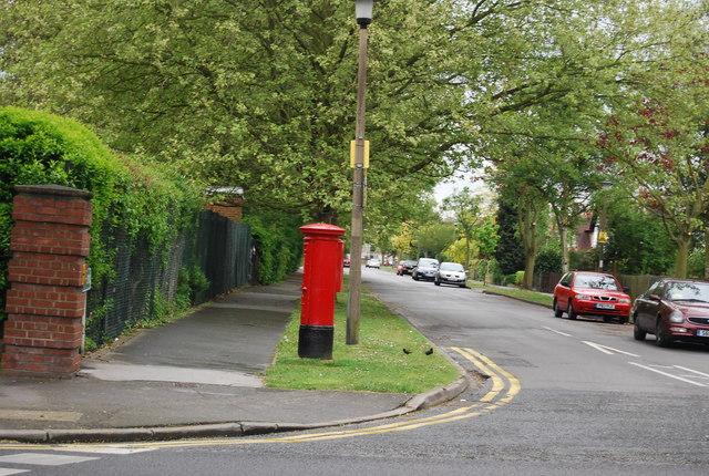 Postbox, corner of Lennard Rd and Reddons Rd