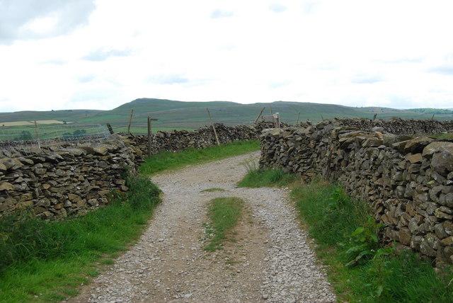 Junction of Long Lane & Moor Head Lane