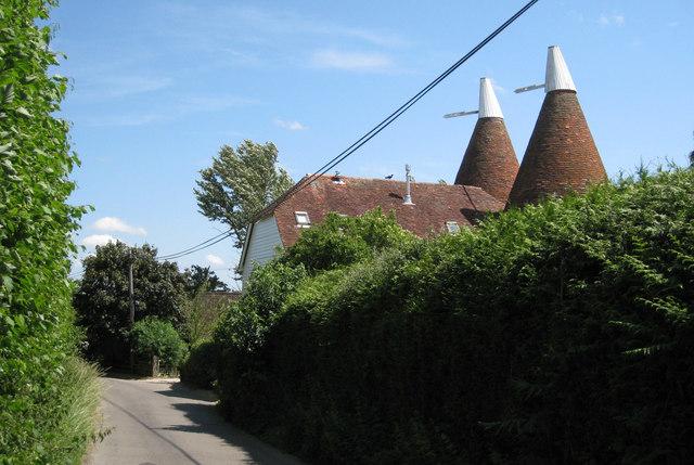 Ladham Oasthouse, Ladham Road, Goudhurst, Kent