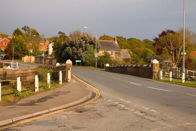 The A3054 crosses Wootton Bridge