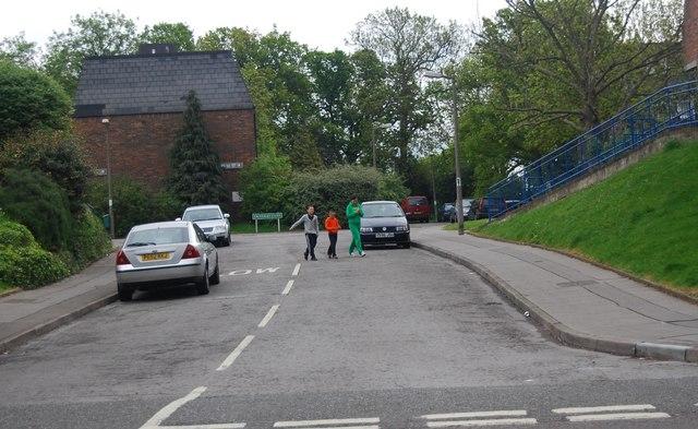 Looking to Calverley Close