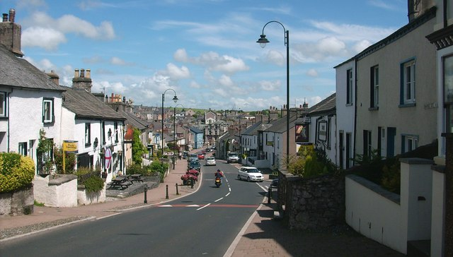 Road, a view down Market Street