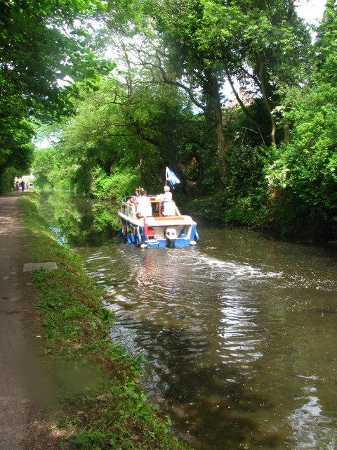 Sailing past Blaen-y-Pant