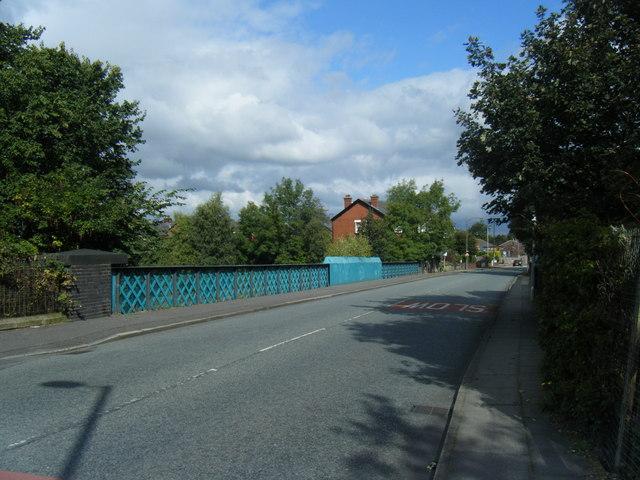 Railway bridge, Dales Lane