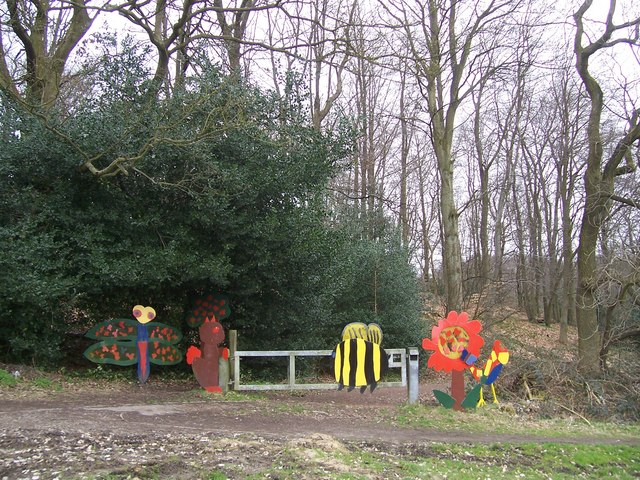 Artwork on the gateway into Rollestone Wood