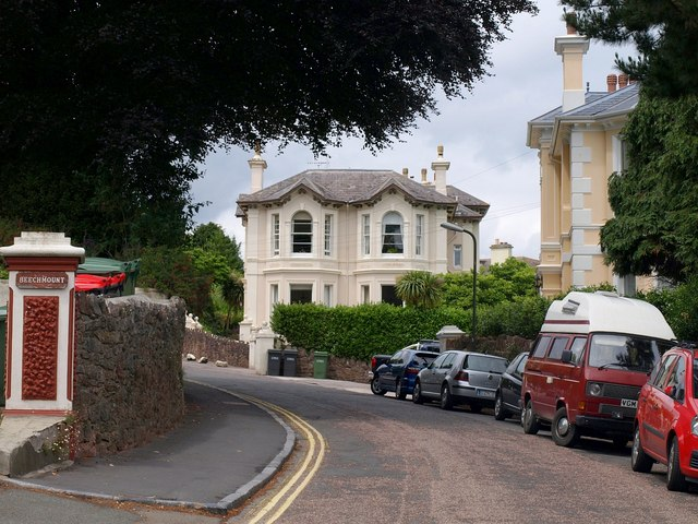 Houses on Rousdown Road, Torquay