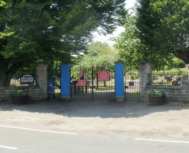 Entrance to Lydney Cemetery