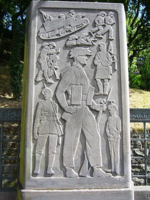 Royal Scots Memorial carvings