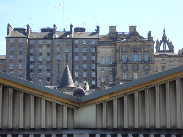 Back of the City Chambers from Waverley Station ramp