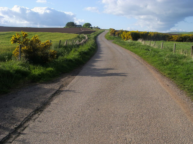 Road heading to Laes