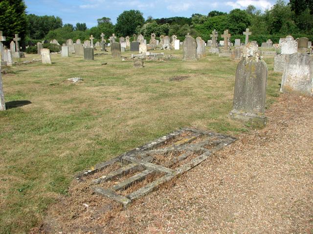 St Mary's church in Old Hunstanton - churchyard