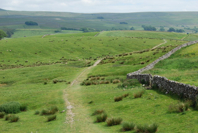 Footpath back towards Horton in Ribblesdale