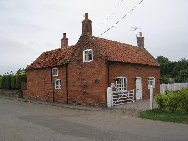 Cottage, Fenton