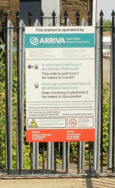 Bilingual notice, Lydney Station