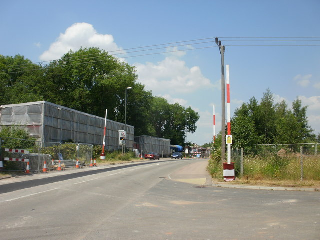 Overhead power line warning posts, Lydney