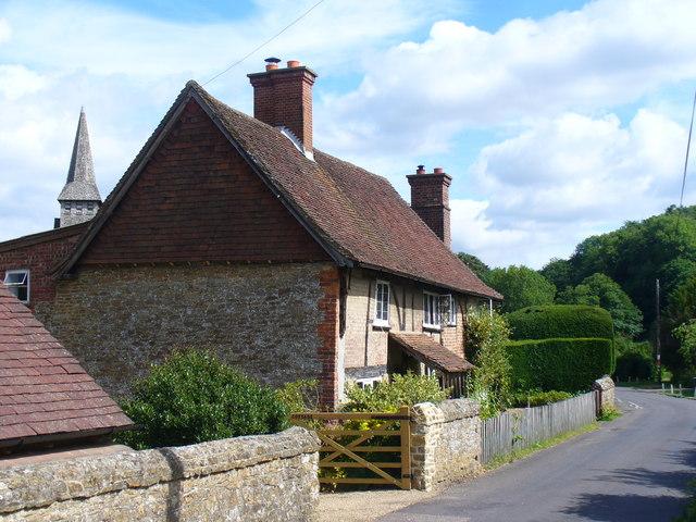 School Road, Hascombe