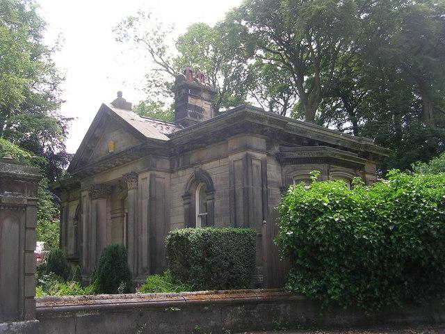 Esholt Estate Lodge - Park Road