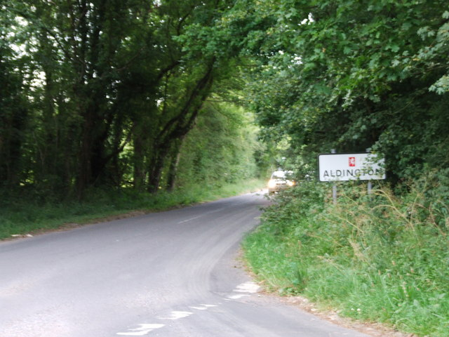 New Road Hill, towards Aldington
