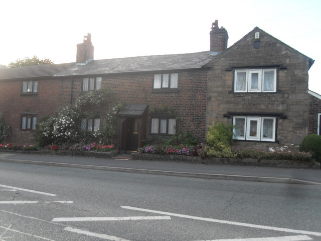 Old Cottages - Sale Lane