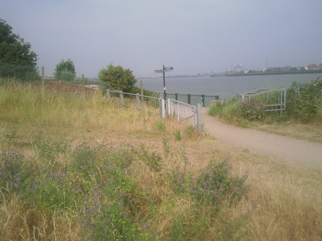 Thamesmead Riverside