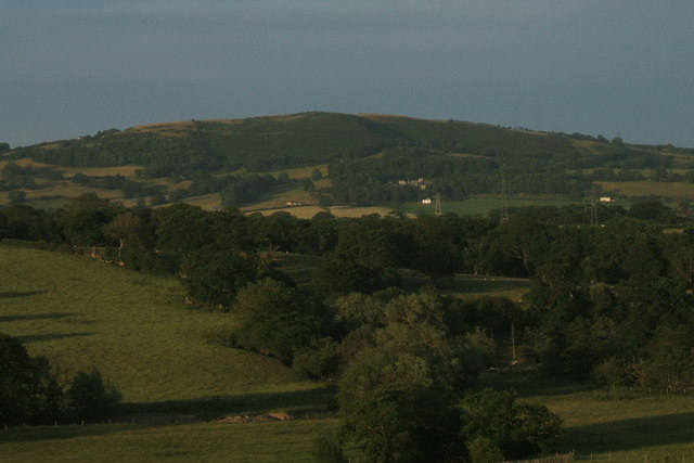 Moel Maenefa (Eve's Tomb Hill)