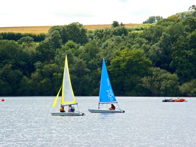 Boating on Bewl Water