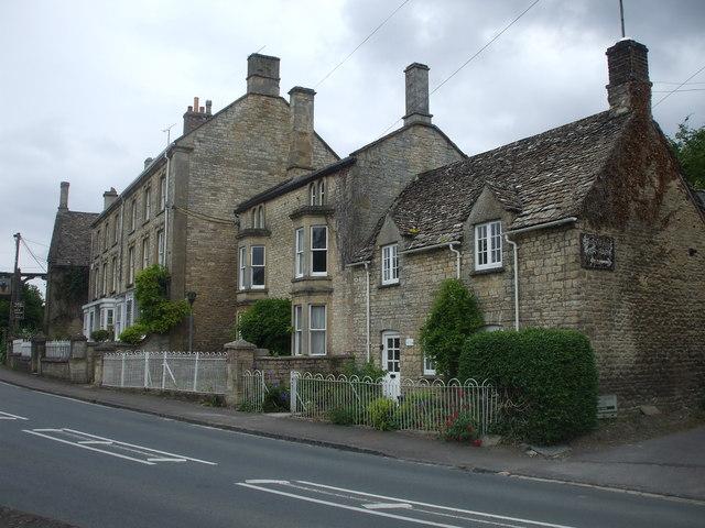 High St, Shipton-under-Wychwood