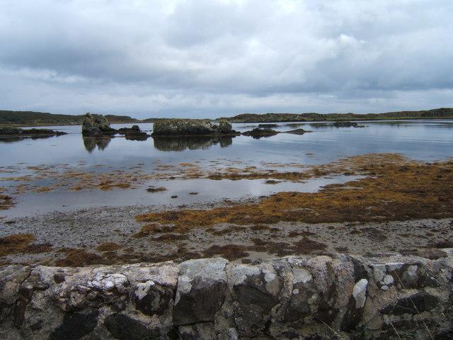 Skerries in Loch a' Chnuic
