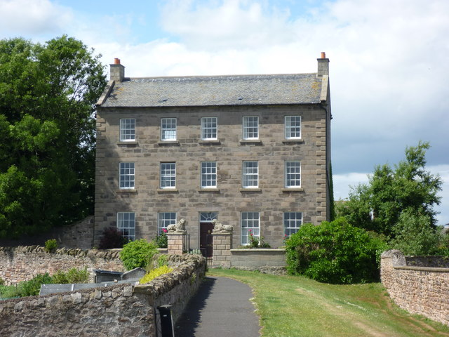 Berwick-Upon-Tweed Architecture : The Lions House