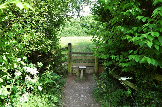 The Stile on the footpath which leads across a field between Easewell Farm and Yarde Farm