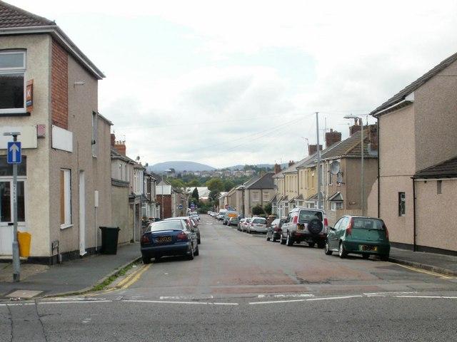 Oak Street, Newport