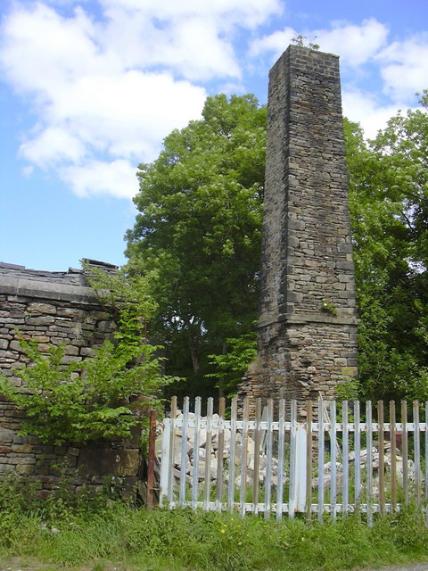 Chimney, Brooks Shed or 'Dogbottom' Built by 'Little Bill', William Pilling c.1860, Colne Road, Trawden