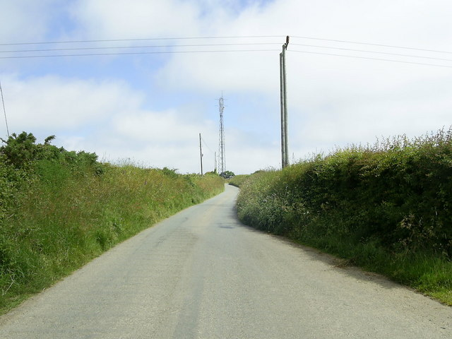 Communications mast, near Fishguard