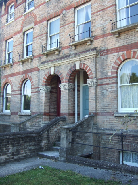 Ornate doorway, Cornwall Road, Dorchester