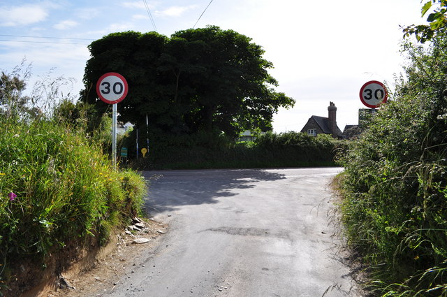 The end of Warcombe Lane at Borough Cross