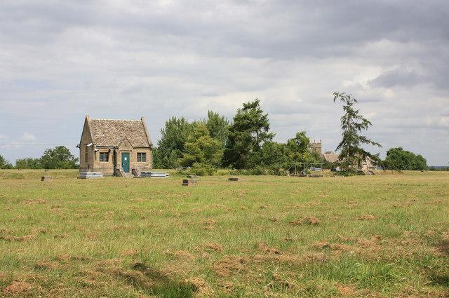 Covered reservoir, Churchdown Hill