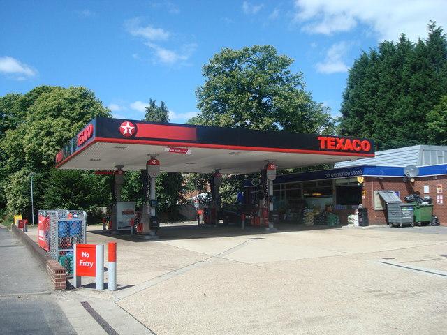 Petrol station, A20 near Lenham