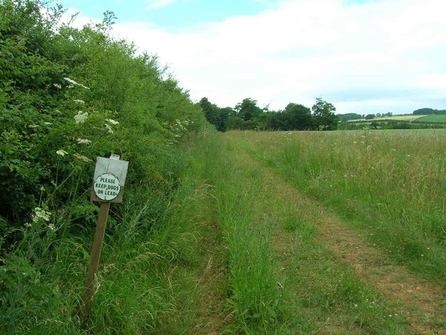 Footpath towards Foxcote Great Coppice
