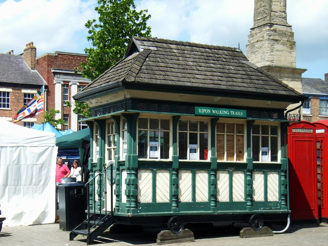 Cabmens Shelter, Market Place