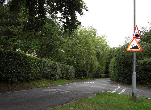 Cowlishaw Road, Compstall