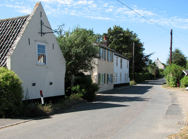 Cottages in The Street, Aldeby