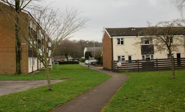 Longbridge, Ponthir