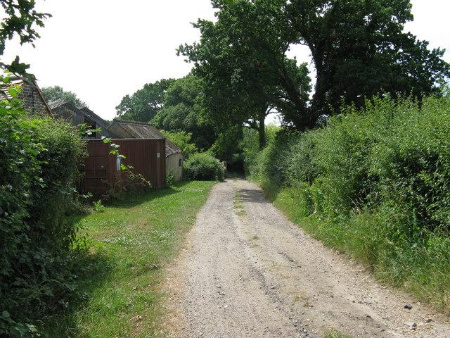 Vanguard Way passing through Holders Farm