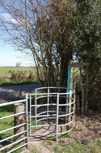 Kissing gate on Avon Valley Path