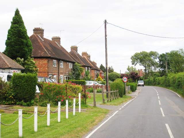 Houses on Lingfield Road