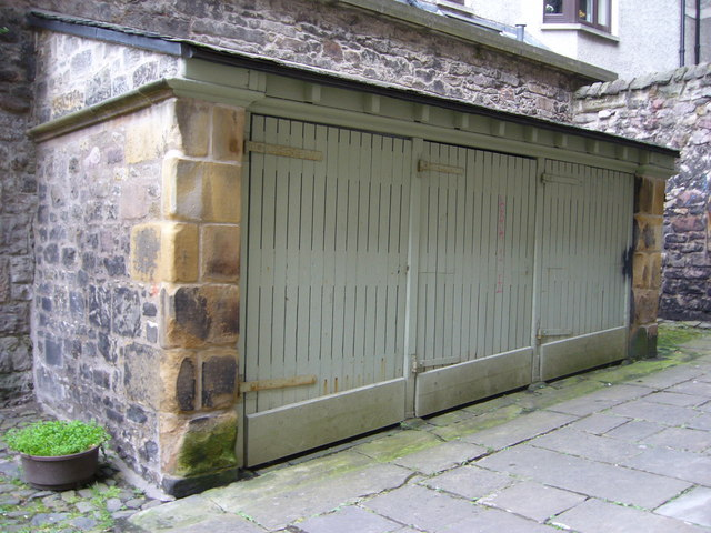 Sedan chair shed, Tweeddale Court